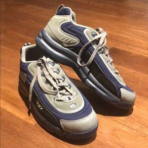 DKNY | Sneakers NWOT